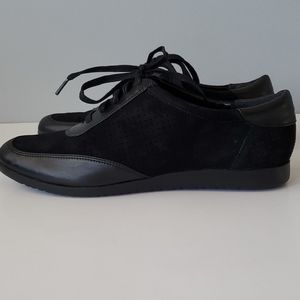 Cole Haan Black Suede Lace Up Casual Tennis Shoes